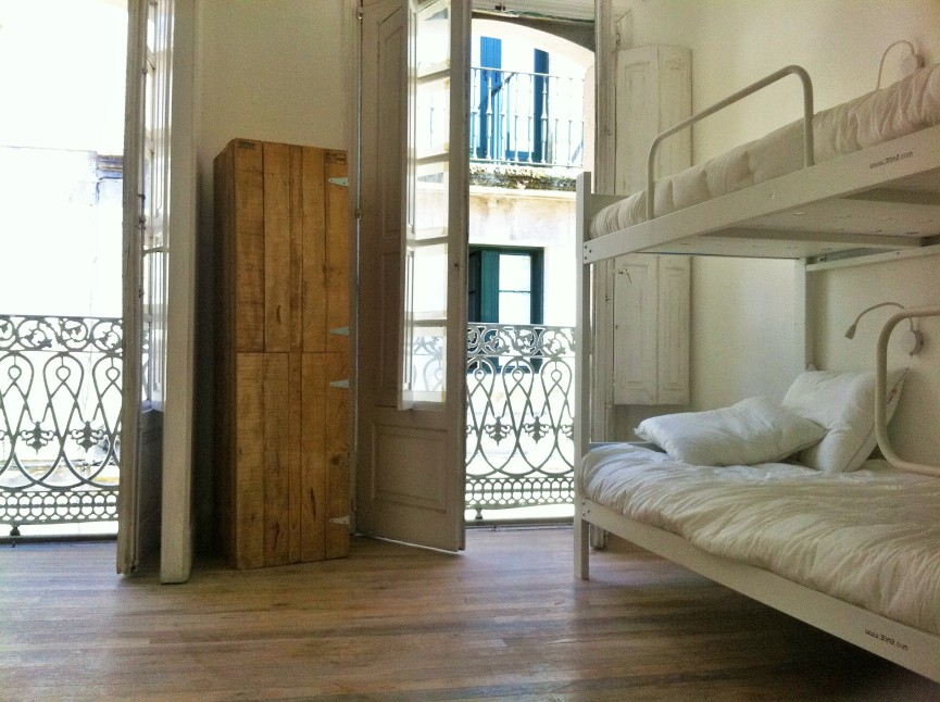 strong cabins with lockers at slow city hostel dorm