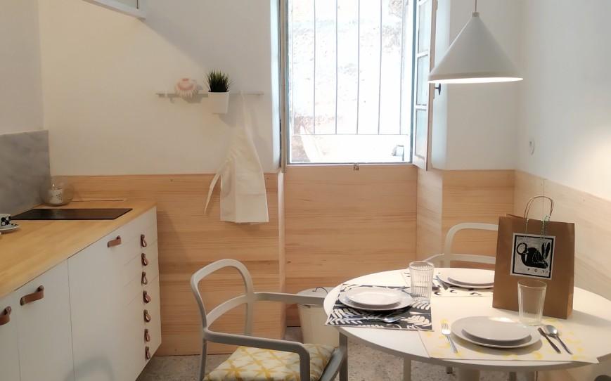 cocina apartamento slow city hostel pontevedra